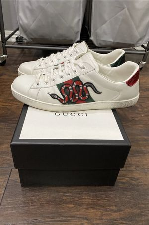 Gucci Ace Embroidered Snake Sneakers for Sale in Commerce, CA