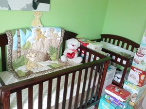 Crib and Changing table for Sale in Sunrise, FL