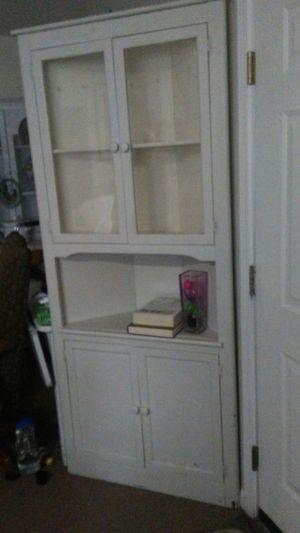 Antique corner cabinet for Sale in Greer, SC