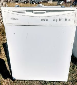 Frigidaire dishwasher. for Sale in Modesto, CA