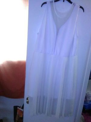 White classy dress,good for dinner ,wedding and so on for Sale in Hyattsville, MD