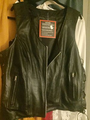 Ladies NWT black leather motorcycle vest 3xl for Sale in Spring Hill, FL