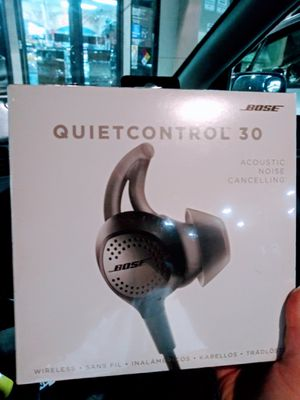 BOSE quietcontrol 30 for Sale in Los Alamitos, CA