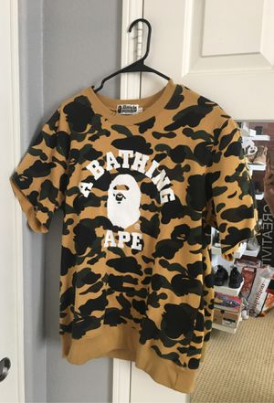 Bape Camouflage Cut Sweater Men Size L for Sale in Chula Vista, CA