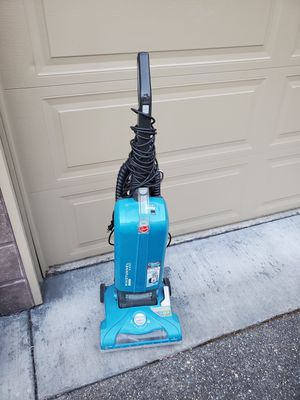 Vacuum cleaner free for Sale in Federal Way, WA