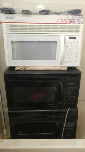 2 GE SPACESAVER XL1400 & 1 WHIRLPOOL MICROWAV RANGE OVEN'S for Sale in St. Louis, MO
