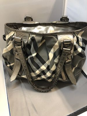 Authentic Burberry Tote for Sale in San Diego, CA