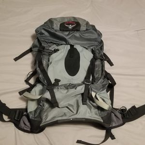 OSPREY Atmos 50 Backpack for Sale in Hayward, CA