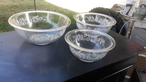 VINTAGE PYREX BOWLS for Sale in Knightdale, NC