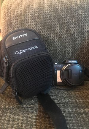 Sony camera Cyber shot for Sale in Haines City, FL