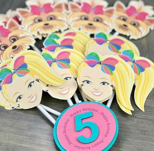 Cupcake Toppers set of 21 for Sale in Hollywood, FL