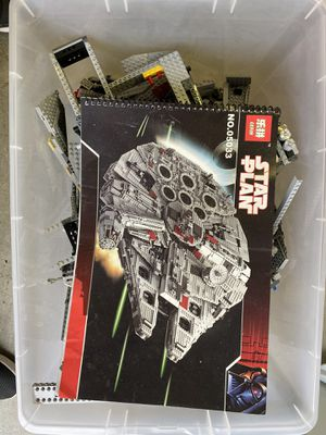 Millennium Falcon LEGO set. All pieces there for Sale in Renton, WA