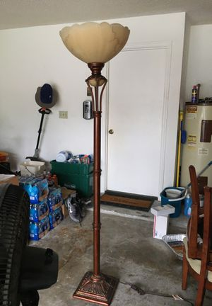 Floor lamp for Sale in Longwood, FL