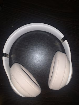 Beats Studio 3 Wireless (Desert Gold) for Sale in San Francisco, CA