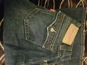 Women's Levis bootcut jeans for Sale in Sanger, CA