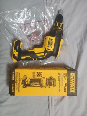 Dewalt drywall screwgun XR plus drywall cutout tool FIRM i for Sale in Norwalk, CA