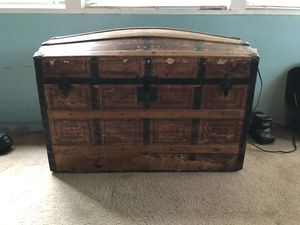 Antique Chest for Sale in Pequannock Township, NJ