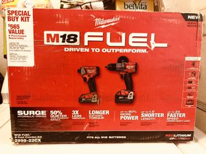 NEW 🌟 Milwaukee M18 FUEL 18-Volt Lithium-Ion Brushless Cordless Surge Impact Driver/Hammer Drill Combo Kit (2-Tool) with 2-Batteries 🌟 $275 for Sale in Bakersfield, CA