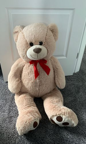 Giant teddy bear for Sale in Marble Falls, TX