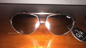 Brand new Quay sunglasses for Sale, used for sale  Elizabeth, NJ