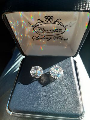Beautiful silver Earrings big size for Sale in Upland, CA