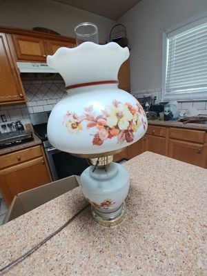 Antique lamp for Sale in Covington, GA