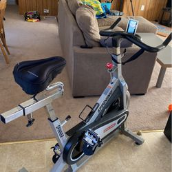 Spinning Bike With Spin Computer for Sale in Manson,  WA