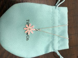 Tiffany & Co. Sterling Silver Pink Enamel Daisy Flower Charm Necklac Chain for Sale in Secaucus, NJ
