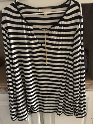 Michael Kors blouse size lx for Sale in Hesperia, CA