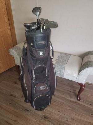 golf bag and clubs for Sale in Utica, MI