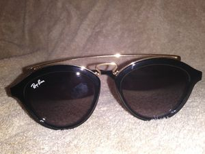 Ray ban sunglasses for Sale in Harper Woods, MI