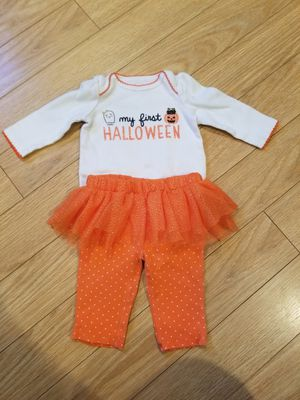 0-3 month baby Halloween outfit for Sale in Hermon, ME