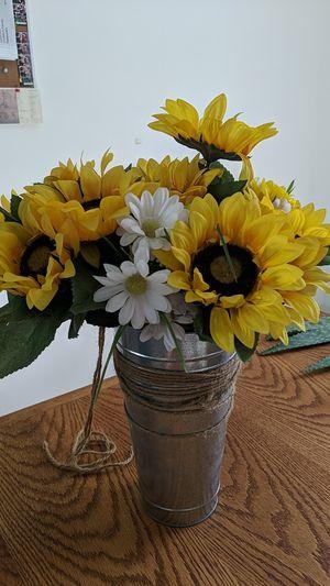 Sunflower Galvanized Flower Pot for Sale in Orlando, FL
