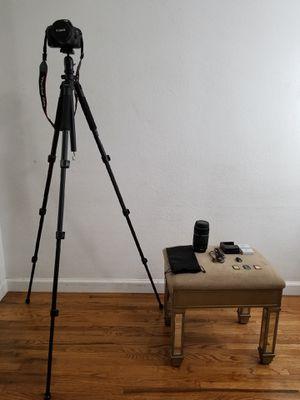 Canon EOS Rebel T2i DSLR camera for Sale in Los Angeles, CA