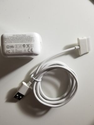 Grade A wall charger plug and 30pin usb cable for Apple iPads iPods iPad 2, iPad 3 for Sale in New York, NY