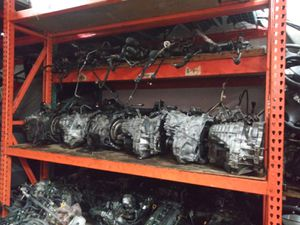 Engine and transmission for all cars for Sale in North Miami, FL