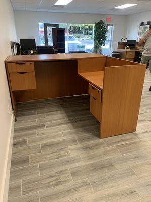 Office desk for Sale in Cape Coral, FL
