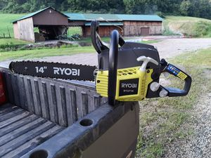"""RYOBI 14"""" GAS CHAIN SAW for Sale in Caldwell, OH"""