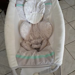 Fisher-Price Easy Fold Sleeper for Sale in West New York, NJ