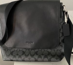 Coach Charles Messenger Bag for Sale in Artesia, CA