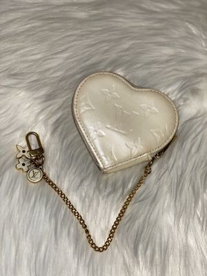 Authentic Louis Vuitton Heart Coin Bag Charm Wallet Purse for Sale in San Bruno, CA