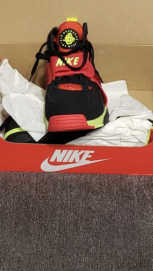 Nike Huarache sport shoes for Sale in Fort Lauderdale, FL