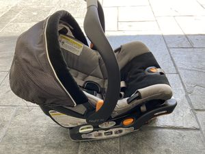 Chicco car seat for Sale in Beverly Hills, CA