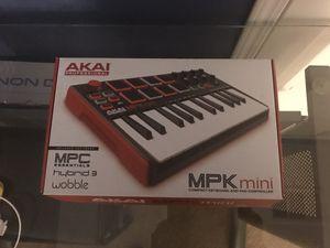 Akai mpk mini for Sale in Menifee, CA