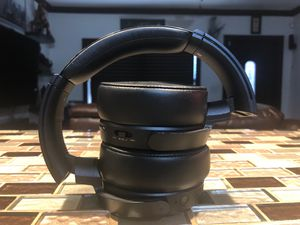 Sony wireless Headphones for Sale in Miami Gardens, FL