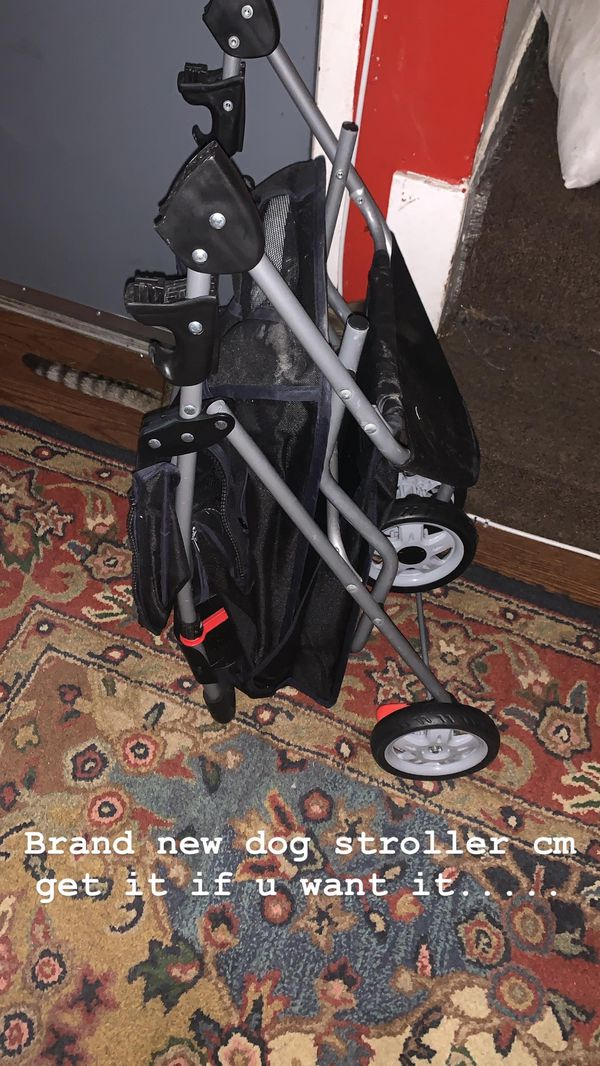 Brand new dog stroller used one time $20