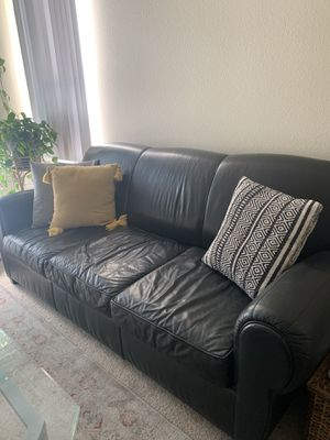 Black leather Pottery Barn sleeper sofa for Sale in Los Gatos, CA