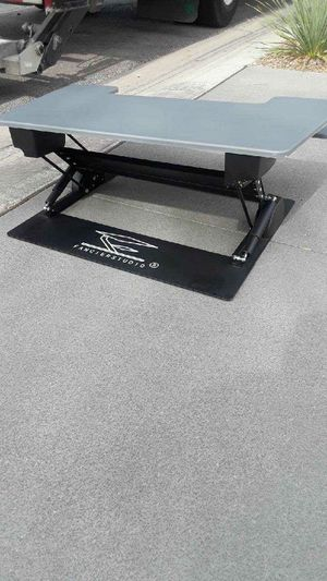 Fanciers Studio Desk extra large $75 Firm!!! Pls look at dimensions in picture ! . You Place it ON a table or desk to Raise to eye level. for Sale in Las Vegas, NV