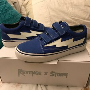 Blue Velcro Revenge x Storms for Sale in Sun Lakes, AZ