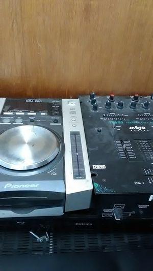 Dj equipment for Sale in Albuquerque, NM